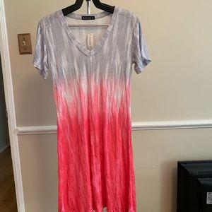"David Cline, ""V""Neck t-shirt Dress"